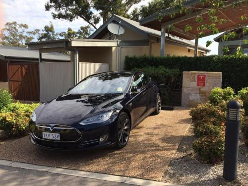 living with a tesla 1 charging for daily use the tipping point. Black Bedroom Furniture Sets. Home Design Ideas